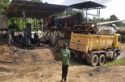 Ipaam interdita duas fábricas de asfalto sem Licença Ambiental em Itapiranga