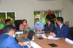 Ipaam realiza reunião interinstitucional para discutir estratégias de ordenamento para flutuantes na orla de Manaus